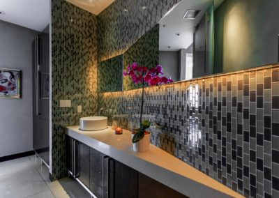 8444-Harold-Way-bathroom-sink2