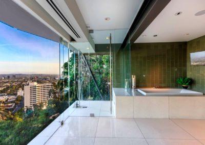 8444-Harold-Way-master-bathroom