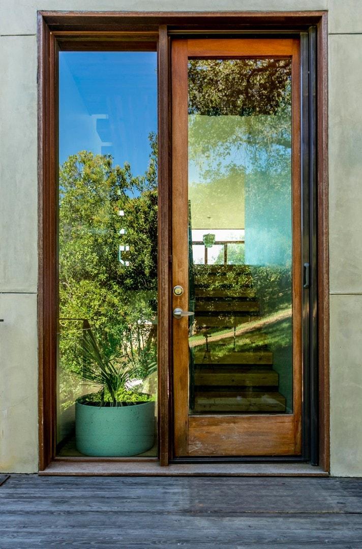 Linda-Kasian-Photography-real-estate-photography-malibu-glass-house10