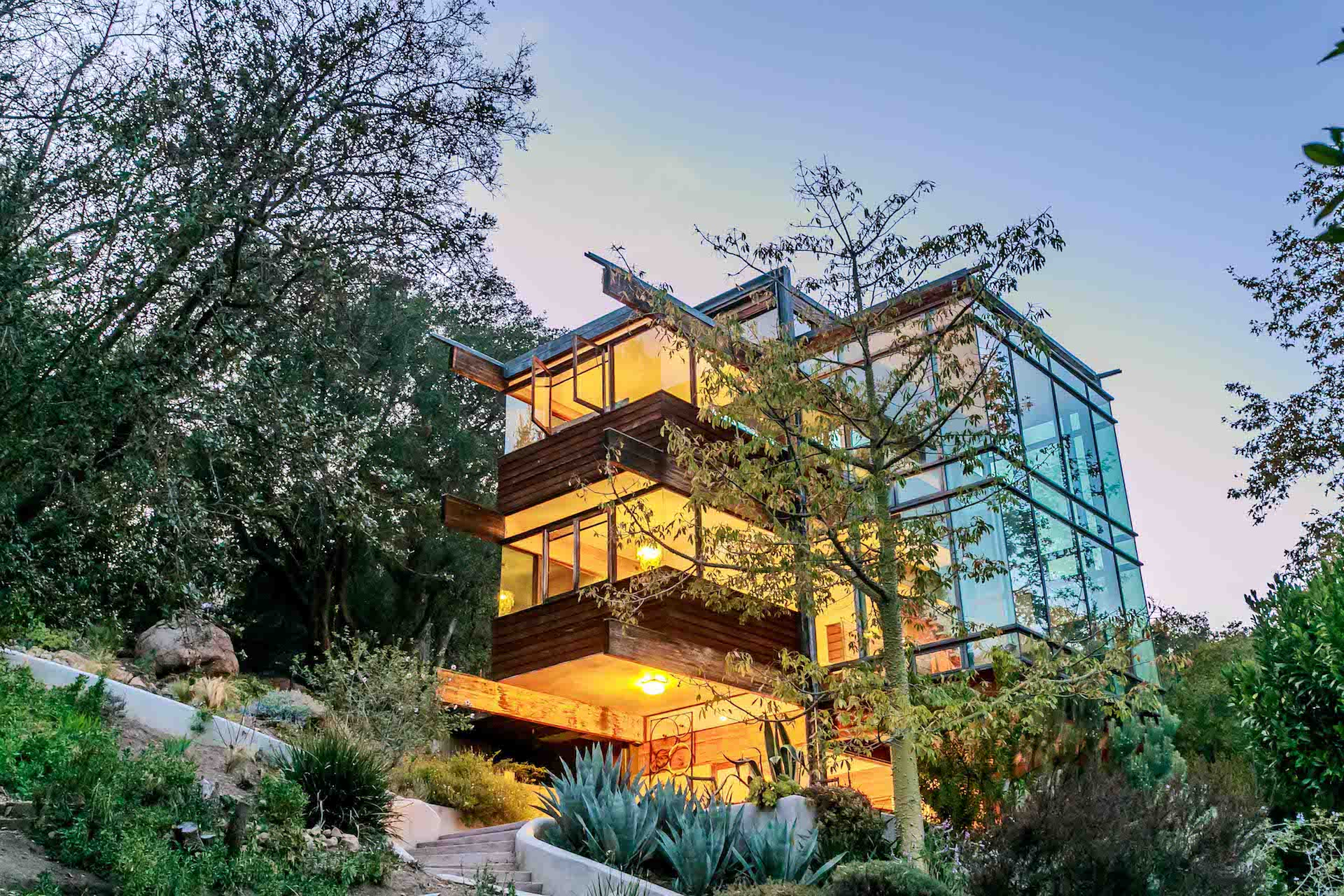Malibu Glass House Linda Kasian Photography optimize